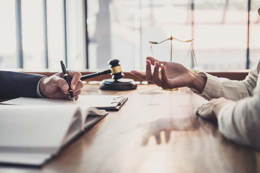 Despacho de abogados para tramitar patentes